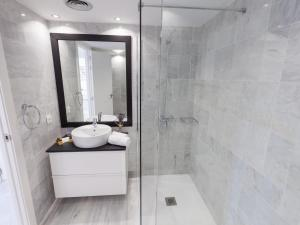 Los Naranjos Duplex, Apartmanok  Marbella - big - 16