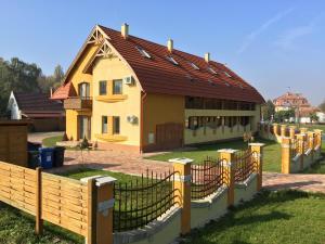 Magnólia Apartman, Ferienwohnungen  Gyula - big - 10