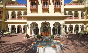 Alsisar Haveli - Heritage Hotel, Hotely  Jaipur - big - 1