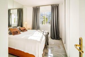 LNM- Los Naranjos de Marbella, Appartamenti  Marbella - big - 3