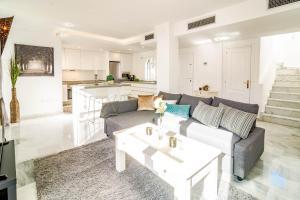 LNM- Los Naranjos de Marbella, Appartamenti  Marbella - big - 4