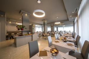 Hotel Torino, Hotely  Lido di Jesolo - big - 50