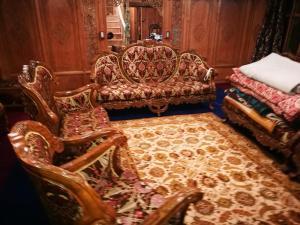 Laila Majnoo Group of Houseboats, Отели  Сринагар - big - 15