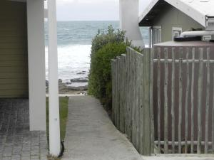 1 Point Village Guesthouse & Holiday Cottages, Apartmanok  Mossel Bay - big - 9