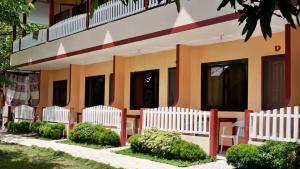 JBR Tourist Inn, Penziony – hostince  Port Barton - big - 28