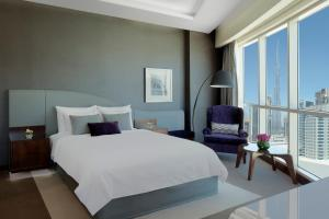 Suite with Balcony and Burj Khalifa View