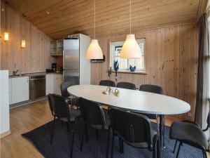 Holiday home Capellavej, Nyaralók  Ørby - big - 3