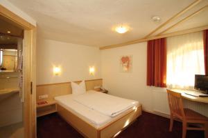 Aktiv-Hotel Traube, Hotel  Wildermieming - big - 12