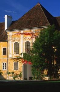 Gasthof Hotel Zum Weinberg, Vendégházak  Gyepűfüzes - big - 4