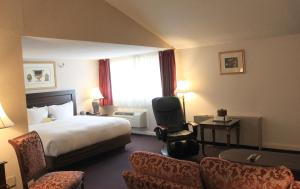 Fireside Inn & Suites Waterville, Отели  Waterville - big - 41