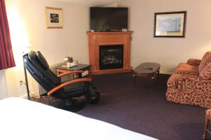 Fireside Inn & Suites Waterville, Отели  Waterville - big - 44