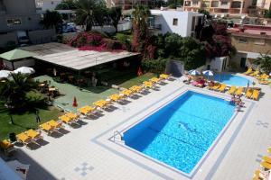 Apartamentos Buensol, Apartmanok  Torremolinos - big - 2