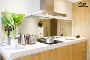 TR Stay CBD Apartment - Midtown