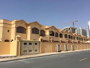 VILLAGE 33 – Villa in Al Barsha - Dubai