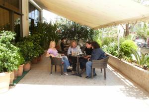 Athinaiko Hotel, Hotely  Herakleion - big - 55
