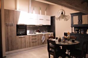 romantica mansarda per 2 - AbcAlberghi.com