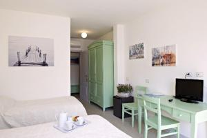LIù B&B, Bed and Breakfasts  Torre del Lago Puccini - big - 8