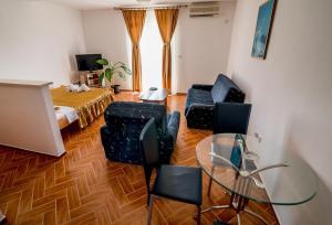 Apartments Bianca, Апартаменты  Херцег-Нови - big - 26