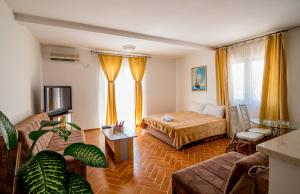 Apartments Bianca, Апартаменты  Херцег-Нови - big - 33