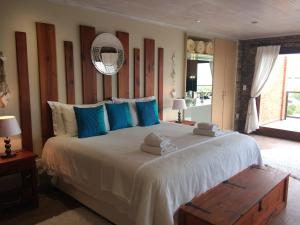 Luxe Kamer met Kingsize Bed en Uitzicht op Zee