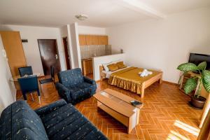 Apartments Bianca, Апартаменты  Херцег-Нови - big - 38