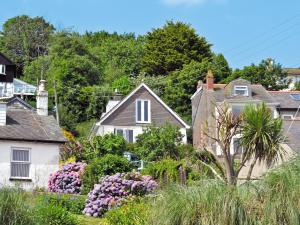 St Michaels Mount View, Holiday homes  Newlyn - big - 1