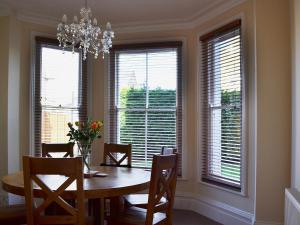 Claremont House - Suite 5, Holiday homes  Sandown - big - 4