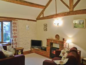 The Coach House, Holiday homes  Kington - big - 4