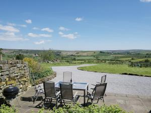 North Range, Holiday homes  Castleton - big - 3