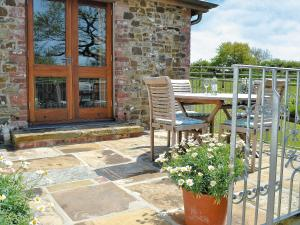 Jacks Barn, Holiday homes  Welcombe - big - 5