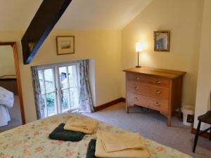 Coachmans Cottage, Holiday homes  Wark - big - 2