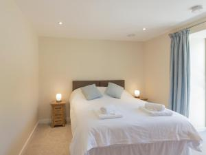 Property 1 II, Holiday homes  Ventnor - big - 5