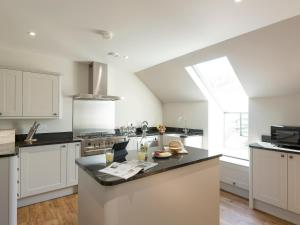 Property 1 II, Holiday homes  Ventnor - big - 6