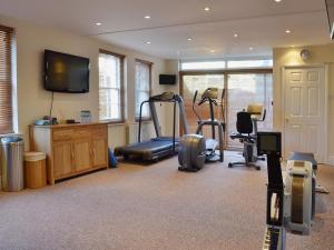 Claremont House - Suite 5, Holiday homes  Sandown - big - 10