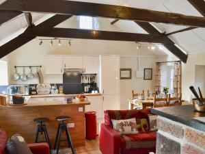 Spite Cottage, Ferienhäuser  Lledrod - big - 8