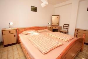 Apartments Flora, Ferienwohnungen  Pješčana Uvala  - big - 6