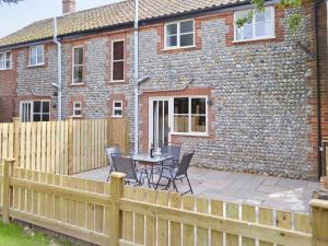 The Granary, Holiday homes  Knapton - big - 6