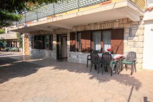 Apartments Flora, Ferienwohnungen  Pješčana Uvala  - big - 17
