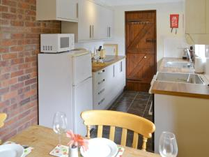 The Granary, Holiday homes  Knapton - big - 9