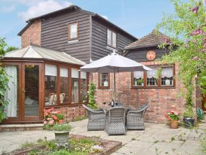 Oast Cottage, Holiday homes  Herstmonceux - big - 21