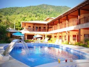 VELINN Caravela Hotel Santa Tereza, Отели  Ильябела - big - 1