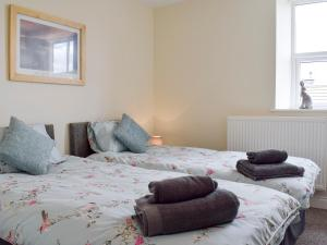 Cropton Cottage, Holiday homes  Castleton - big - 20