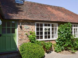 Cowbeech Farm Cottage, Holiday homes  Herstmonceux - big - 37