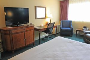 Fireside Inn & Suites Waterville, Отели  Waterville - big - 6