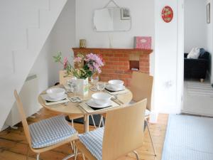 Bay Cottage, Case vacanze  Gurnard - big - 23
