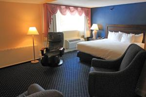 Fireside Inn & Suites Waterville, Отели  Waterville - big - 39