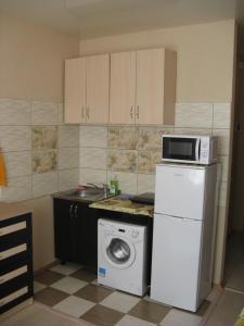 Apartment on Bolharska 53, Appartamenti  Odessa - big - 4