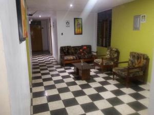 Hostal San Isidro, Penziony  Trujillo - big - 9