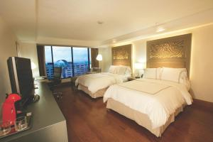 Double Room with Two Double Beds - Executive Floor