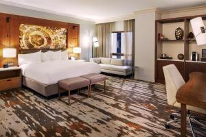 One-Bedroom Presidential Suite